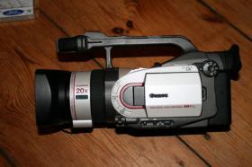 Canon XM1 Camcorder und sehr viel Zubehör