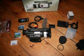 Foto 4 Canon XM1 Camcorder und sehr viel Zubehör