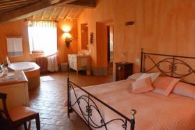 Foto 12 Charmantes Landhaus in der Toskana mit privaten Pool