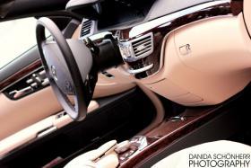 Foto 2 Chauffeurservice mit einer Luxus Limousine durch Berlin
