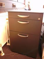 Foto 5 Chefzimmer Gwinner Votum Schreibtisch Schrank Highboard