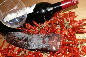 Chili Salami * Habanero Salami * Jolokia Salami * Fenchel Salami * Olivenöl * Wildspezialitäten *