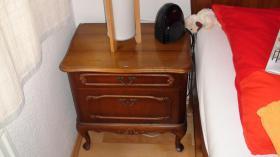 Foto 7 Chippendale Schlafzimmer (Original)  aus den 30/40iger Jahren (Nußbaumholz)