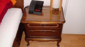 Foto 8 Chippendale Schlafzimmer (Original)  aus den 30/40iger Jahren (Nußbaumholz)
