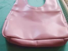 Foto 2 City Tasche rosa originelles Design PURISTA SCHNÖRKELLOS GERADLINIG