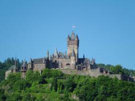 Blick aus der Ferienwohnung auf die Reichsburg von Cochem