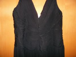Foto 7 Coctail-Abendkleid schwarz Fa. Unique Gr. 44 (L) mit Stola/Schaal NEU / UNGETRAGEN