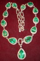 Foto 4 Collier mit Smaragten & Diamanten