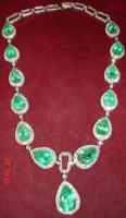 Foto 5 Collier mit Smaragten & Diamanten