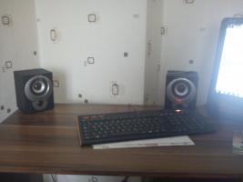 Foto 2 Computer komplett auf wunsch mit modernem tisch und stuhl