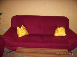 Foto 2 Couch 3'er 2'er 1'er in weinrot guter Zustand abzugeben!