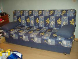 Couch mit Schlaffünktion