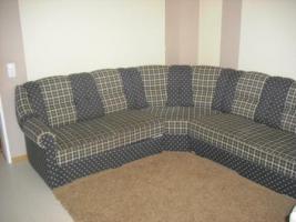 Couch mit Sessel und ein Hocker
