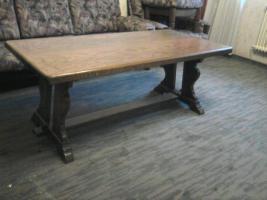 Foto 4 Couch und Sessel + Hocker + Tisch ?