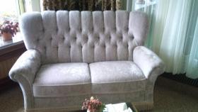 Foto 2 Couch im alten Stil
