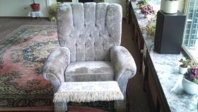 Foto 3 Couch im alten Stil