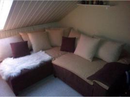 Couch inklusive vieler Kissen **TOP ZUSTAND**