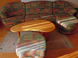 Couch+Hocker+Tisch+Teppich