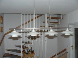Foto 3 Couch, Glastisch, Esstisch m.  6 Stühlen und Esstischlampe