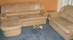 Couchgarnitur 2 / 3 Sitzer mit Ottomane