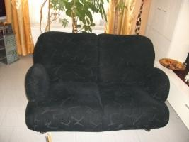 Couchgarnitur 3er, 2er und Sessel zu verkaufen