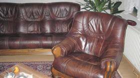 Foto 3 Couchgarnitur Leder mit Eiche rustikal Holzgestell