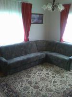 Foto 2 Couchgarnitur mit Schlaffunktion (3-sitzer+abgerundetes Eckteil+2-sitzer) und Sessel
