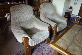Foto 3 Couchgarnitur mit Tisch