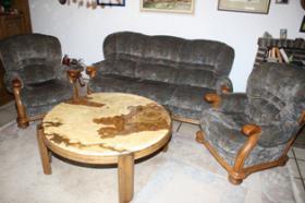 Couchgarnitur inklusive Marmortisch