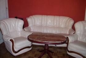 Couchgarnitur + Tisch