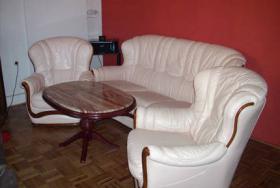 Foto 2 Couchgarnitur + Tisch