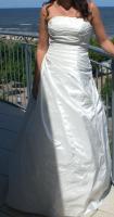 Cremefarbenes Hochzeitskleid in Gr. 38 mit Glasperlen und Schnürung!