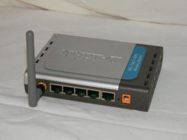 Foto 2 D-Link Wireless Lan Router G DI-524, 54Mbps
