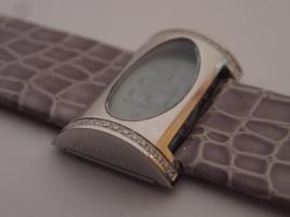 Foto 2 DAU Nina Ricci, Modell Depose, LCD mit Diamanten