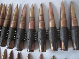 Foto 4 DEKO - MG Munitionsgurt mit 50 Patronen - Original - 2. Weltkrieg