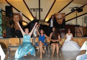 Foto 13 DINO & ANGELA https://dinoeangelalive.wixsite.com/dinoeangela ...das Stimmwunder aus Italia - SDA BOMBONIERE HOCHZEITSFOTO & VIDEOPRODUCTION www.sdafotovideo.com  SDA BOMBONIERE ONLINESHOP https://sdabomboniere.wixsite.com/sda-bomboniere