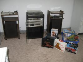 Foto 3 'DUAL - Stereoanlage mit 148 LP's, 24 Singles, 195 MC's