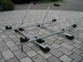Dachgrundträger inkl. 2 Fahrradhalter