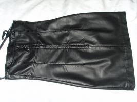 Foto 3 Damenkleid, M�dchenkleid, Kunstleder Kleid, schwarz, Gr: XS, von C&A