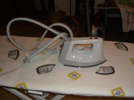 Dampf-B�geltisch u. Dampf-B�geleisen von K�rcher