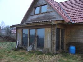 Foto 2 Das Schnäppchen 1kleine Holzhauswohnanlage mit.Haupthaus, Gästehaus, Remise und Abstellhaus für Ihre Freizeit