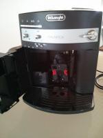 Foto 6 DeLonghi ESAM3000.B Magnifica Kaffee-Vollautomat (1.8 l, 15 bar, Dampfdüse)