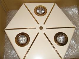 Foto 3 Deckenlampe vergoldet und Decken-Strahler in Weiss
