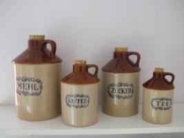 Foto 2 Dekorative Aufbewahrungsgefäße für Mehl, Zucker, Kaffee, Tee aus Keramik