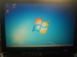 Foto 3 Dell D630 2,2 Ghz 2 Gb-Ram 120 Gb Festplatte