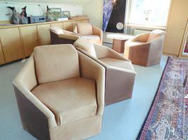 Foto 2 Designer Sitzgruppe bestehend aus 6 Stck. Sechsecksessel aus echtem Wildbüffelleder