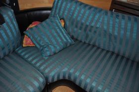 Designersofa gr�n-und schwarzes Leder -Sofa geht �ber Eck
