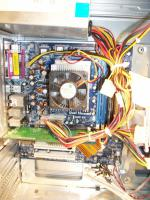 Foto 4 Desktop PC AMD Athlon 64 3000+ 1,8 Ghz 512 MB Ram