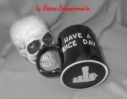 Die freundliche Kaffeetasse ''have a nice day''.... richtig für Montagmorgen!