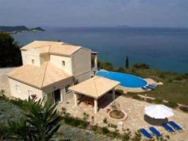 Diese repräsentative Villa auf der Insel Korfu/Griechenland hat alles was Sie suchen!